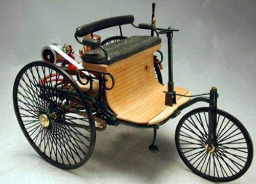 八,奔驰1号—人类史上第一辆汽车
